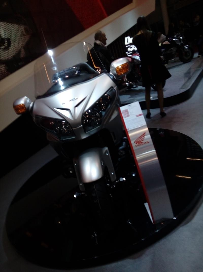 Salon de la Moto PARIS du 01 au 06 Décembre 2015 - Page 3 Img_2010