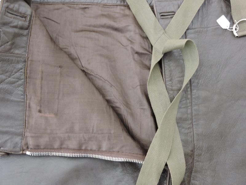 Pantalon cuir civil ou militaire ? Dscn0174