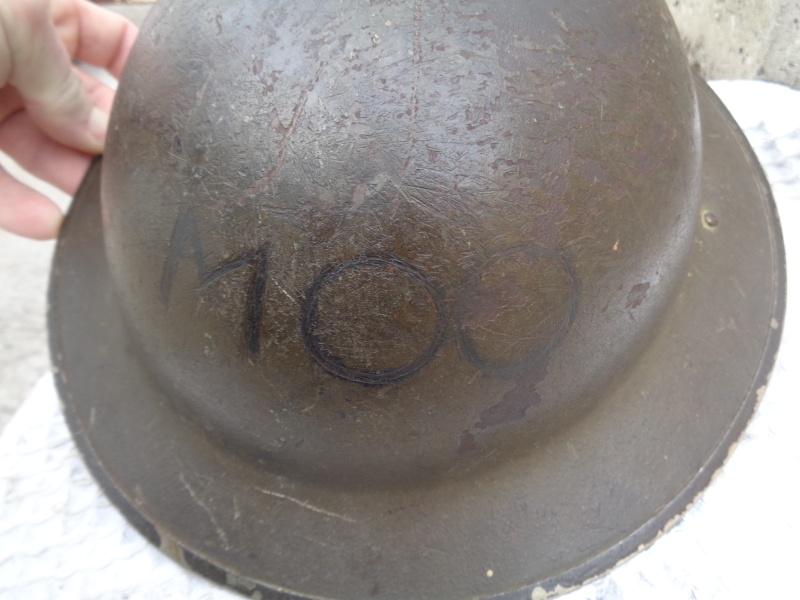 WW II Canadian Helmets - Page 4 Dsc01211