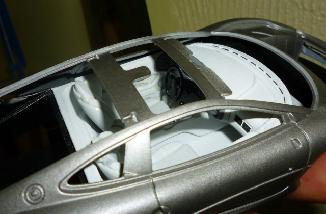 AMT Jaguar XJ220 1/25 Xj220_12
