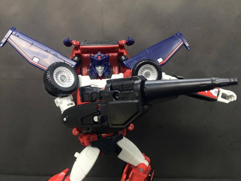 [Masterpiece] MP-25L LoudPedal (Rouge) + MP-26 Road Rage (Noir) ― aka Tracks/Le Sillage Diaclone - Page 2 Master17