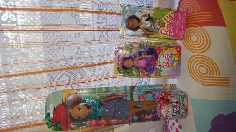 ma collection de barbie /bratz/disney et autres 20160228