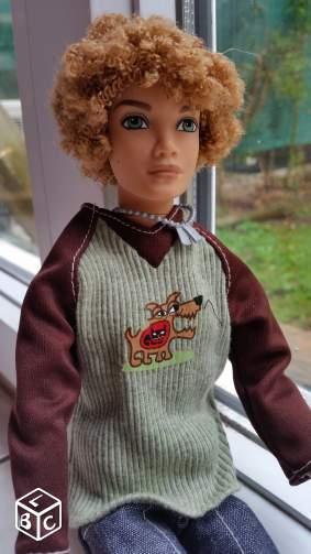 ma collection de barbie /bratz/disney et autres _5710