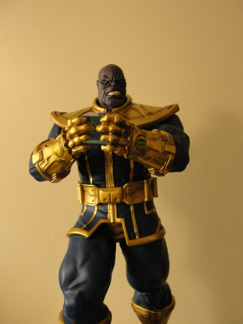 Premium Collectibles : Thanos  - Page 13 Dsc04511