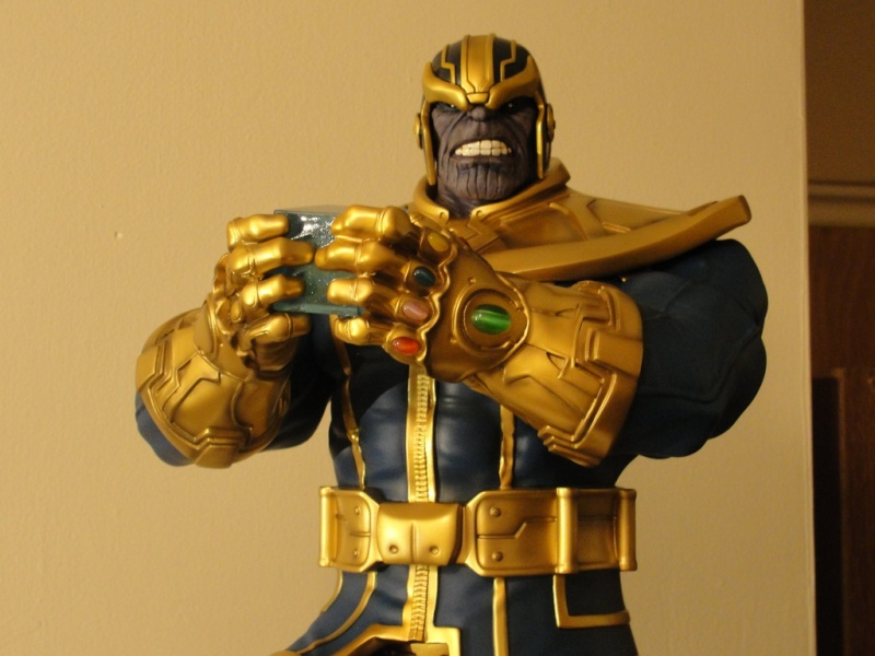 Premium Collectibles : Thanos  - Page 13 Dsc04514