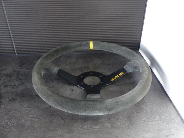 volant sparco échelle 1/1 ( vendu yoshimura ) P1070278