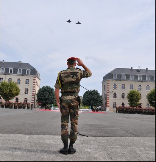 """Deux """"Rafale"""" pour le Colonel Durieux (35e RAP) 35_2_r10"""