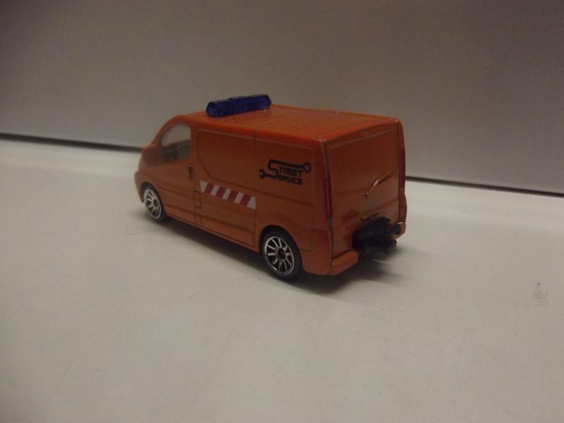 N°239B Renault Trafic Dscf0917