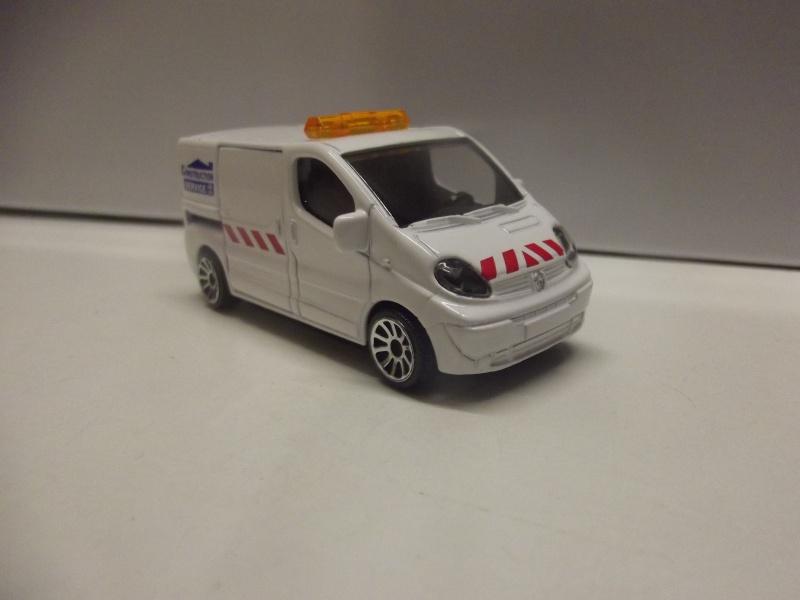 N°239B Renault Trafic Dscf0918