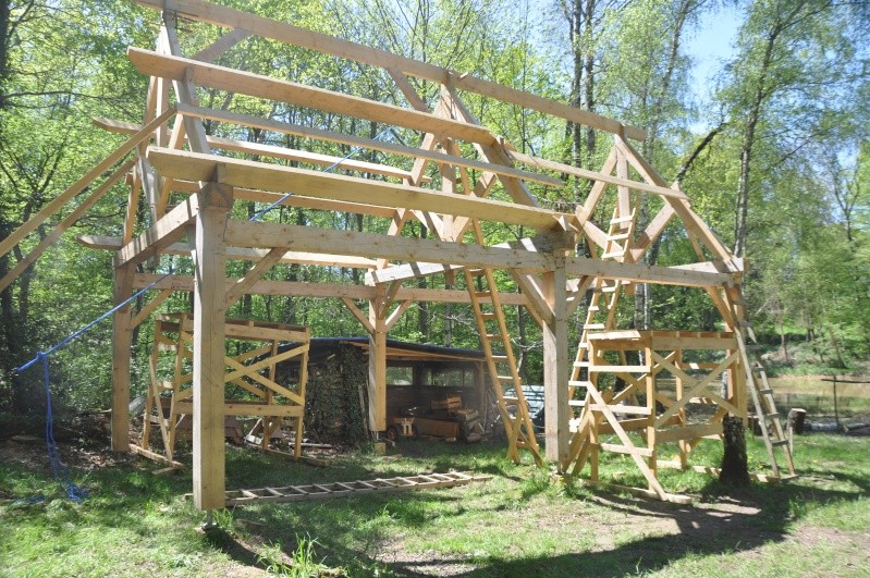 construction d'un abri en charpente - Page 12 03810