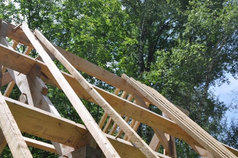 construction d'un abri en charpente - Page 12 04410