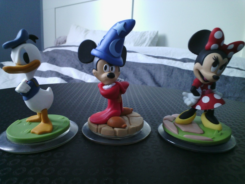 Mickey et ses amis  - Page 7 Img_2091