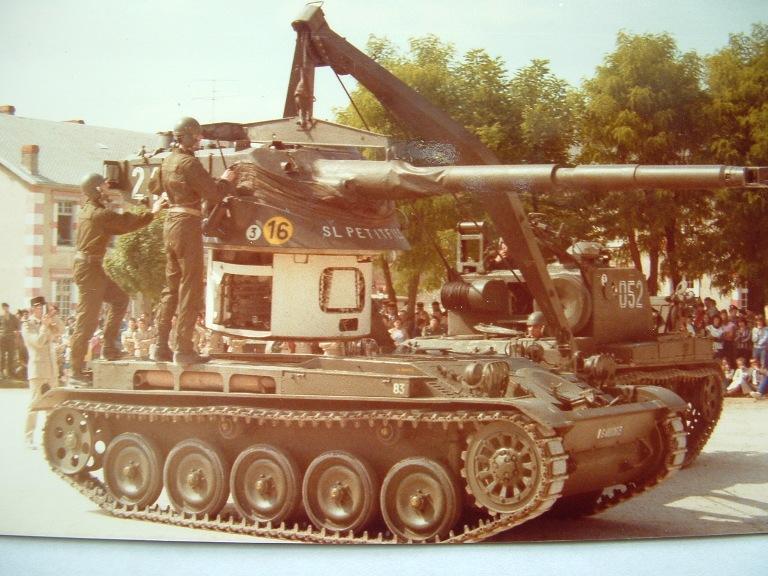 chenilles - AMX 13 Canon de 90 : autopsie de la maquette TAKOM - Page 2 Amx_1315