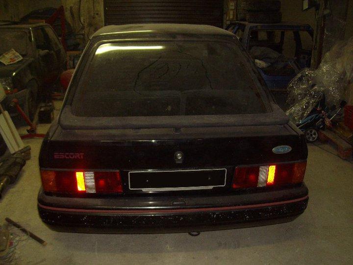 Escort xr3i noire de 1987 Xr3i_n10