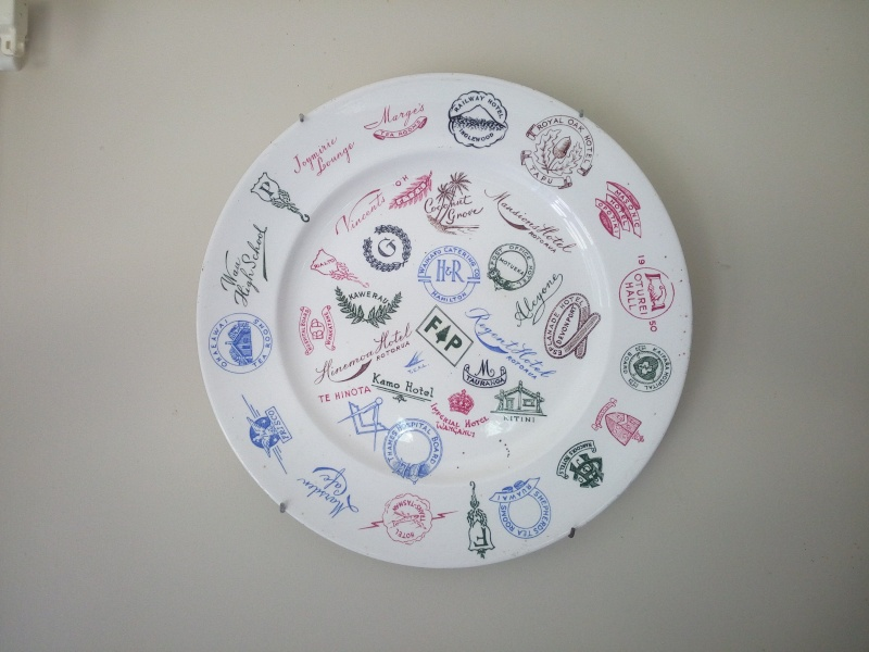 CL travellers/sample plate Crown_10