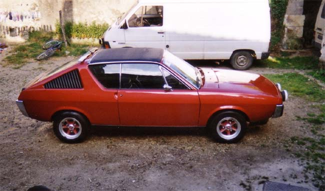 renault 17 decouvrable rouge lucifer  - Page 6 1328_810