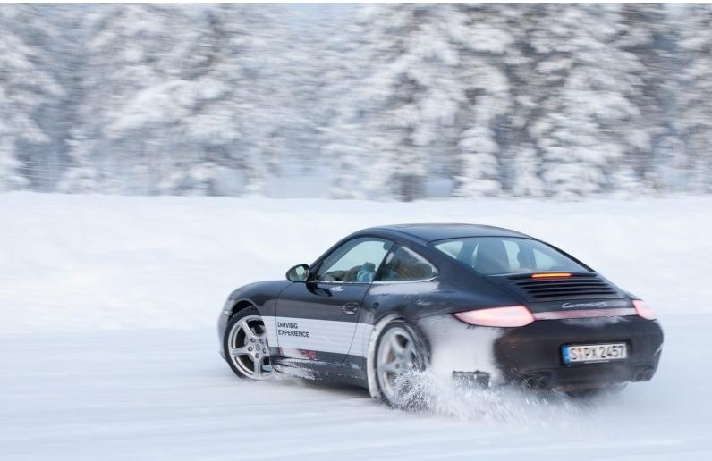 Porsche en hiver - Page 2 Jl_dri10