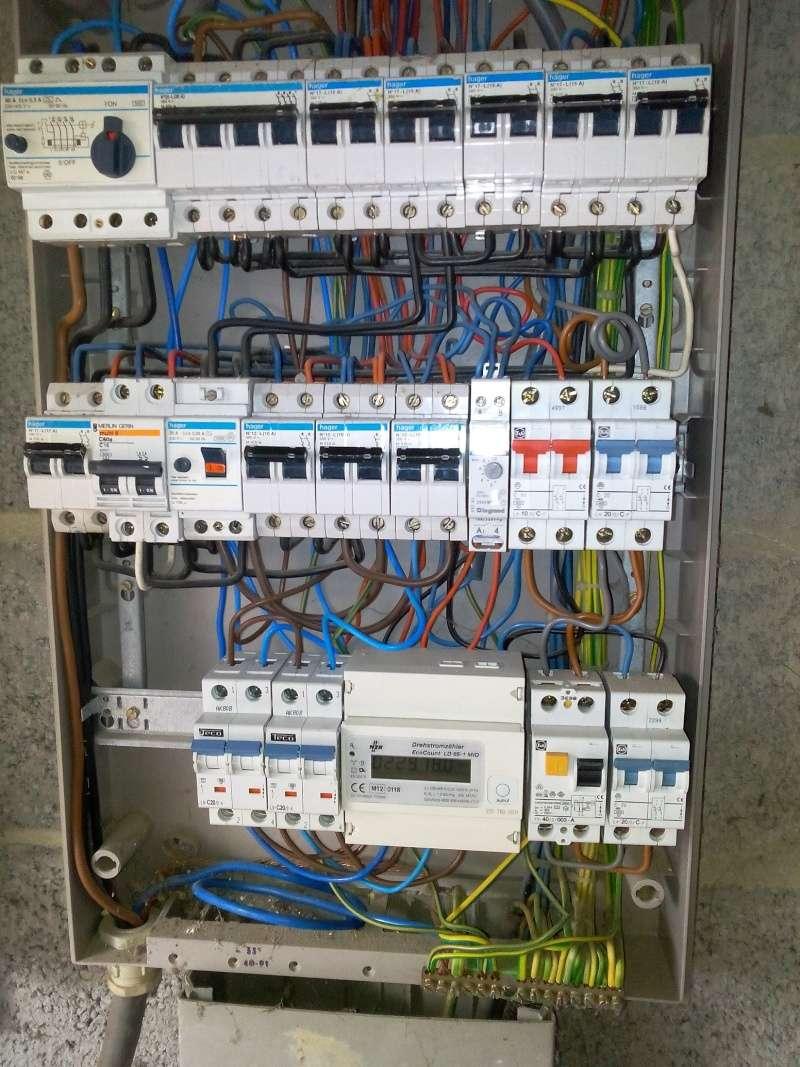 aide branchement disjoncteur 32 A Img_2010