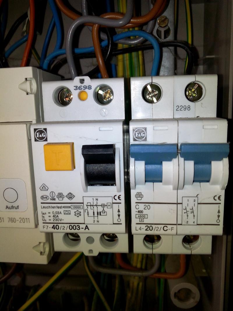 aide branchement disjoncteur 32 A Img_2011