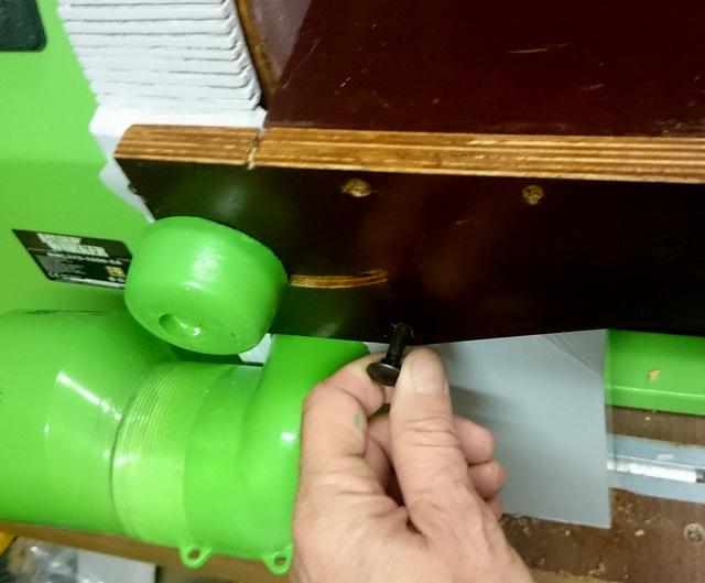 Disque de ponçage sur tour à bois avec aspiration renforcée Dsc_0219