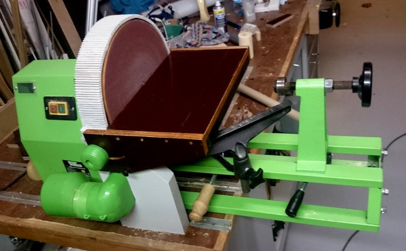 Disque de ponçage sur tour à bois avec aspiration renforcée Dsc_0220