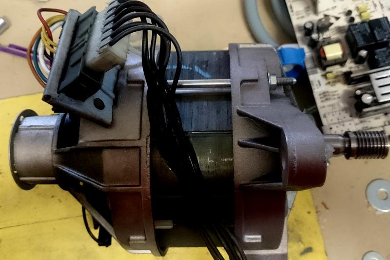 Récupération moteur et controleur de vitesse d'un lave linge Le_mot10