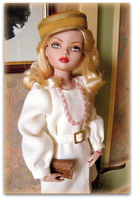 Mes poupées Ellowyne Wilde. De nouvelles photos postées régulièrement. - Page 15 00216