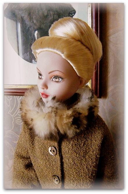 Mes poupées Ellowyne Wilde. De nouvelles photos postées régulièrement. - Page 15 01411