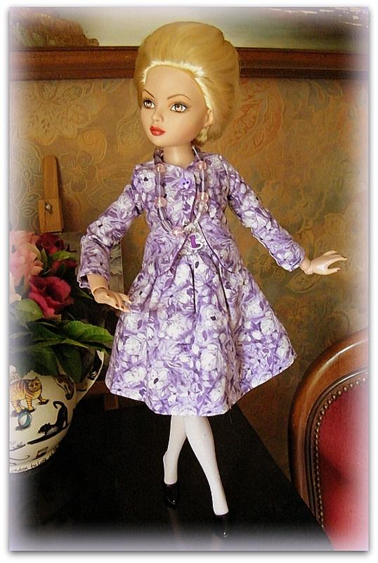 Mes poupées Ellowyne Wilde. De nouvelles photos postées régulièrement. - Page 7 0161710