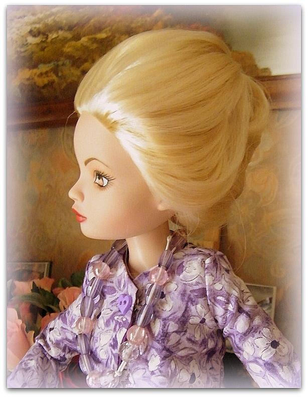 Mes poupées Ellowyne Wilde. De nouvelles photos postées régulièrement. - Page 7 0191410
