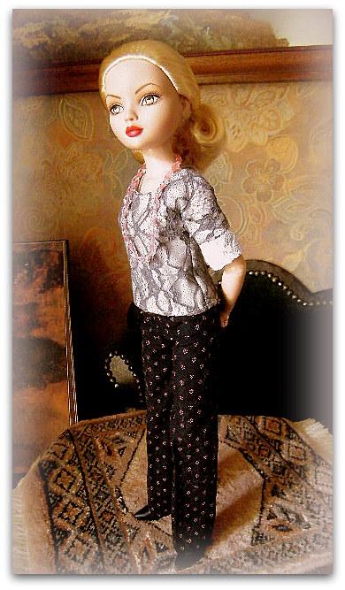 Mes poupées Ellowyne Wilde. De nouvelles photos postées régulièrement. - Page 15 02212