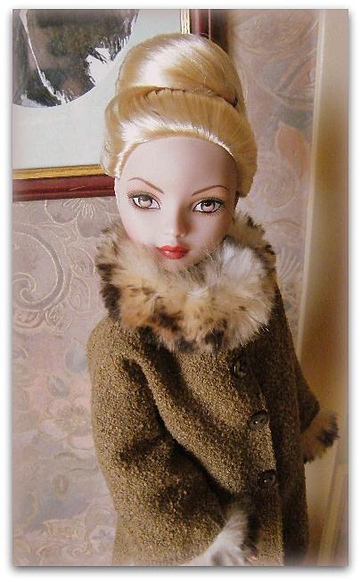 Mes poupées Ellowyne Wilde. De nouvelles photos postées régulièrement. - Page 15 02511