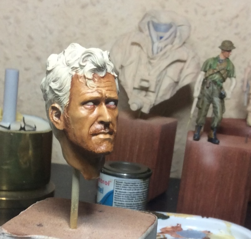 Bust de Larry Burrows de chez life moniatures Img_0315