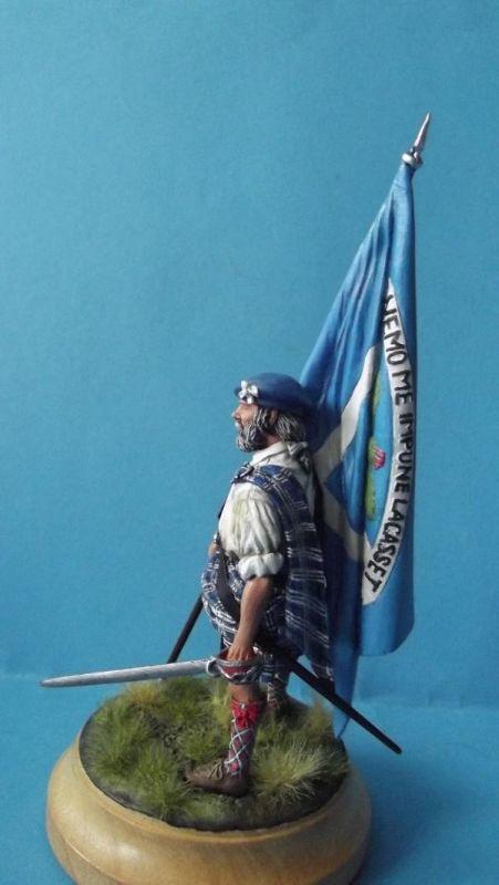 Clansman with Flag 432
