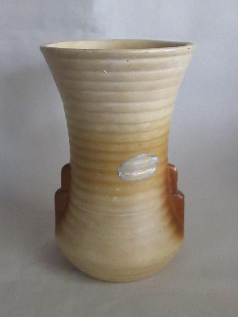 Crown Lynn vase #1 ? Img_3856
