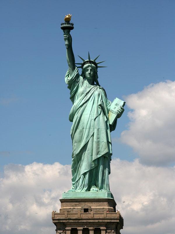 statue de la liberté, déesse dans le port de New York Libert10