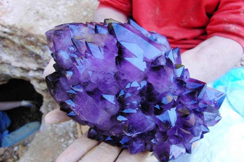 Sublimes photos de gemmes rares - Page 4 Amethy10