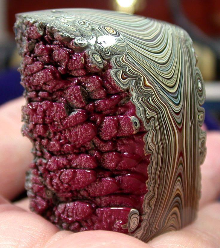 Sublimes photos de gemmes rares - Page 4 Fordit10