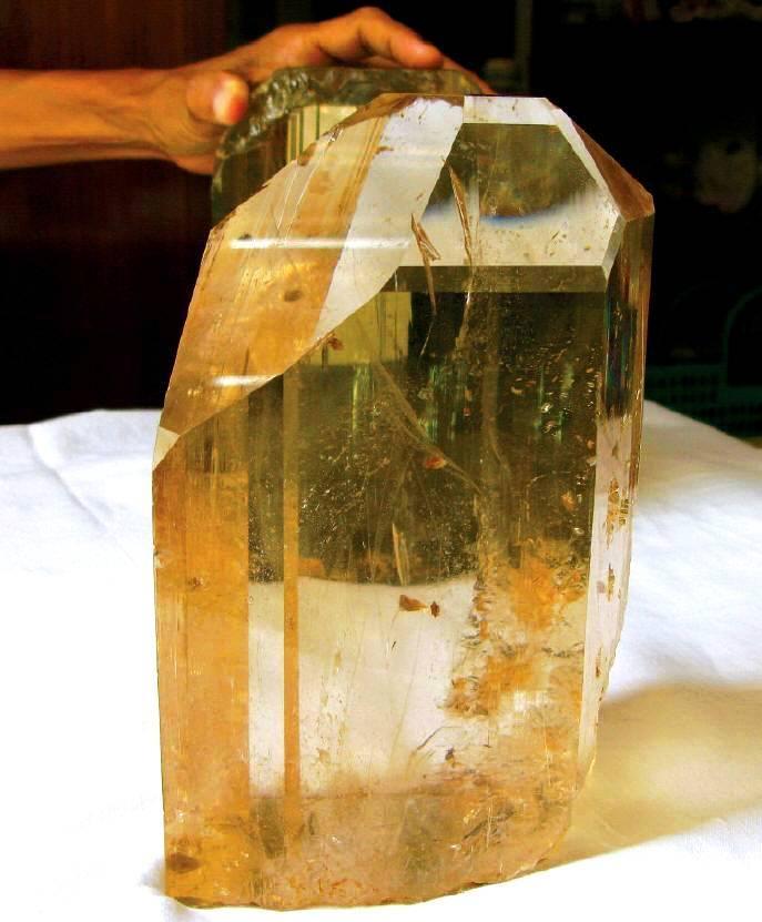 Sublimes photos de gemmes rares - Page 4 Topaz10