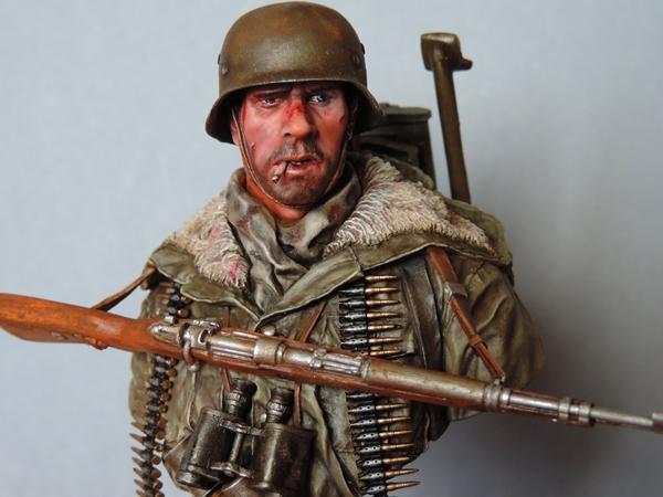 Buste division Totenkof Kharkov 1943... FINI  - Page 2 Dscn2023