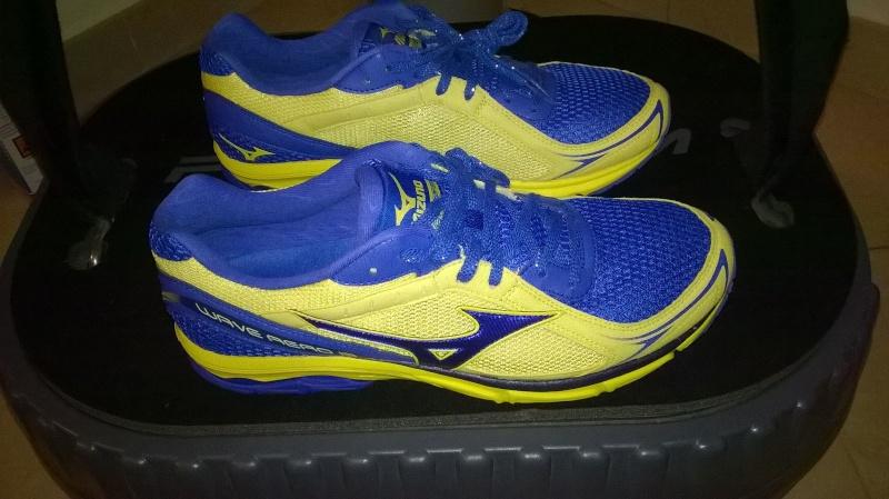 Oggi ho comprato per correre... - Pagina 13 Img-2011
