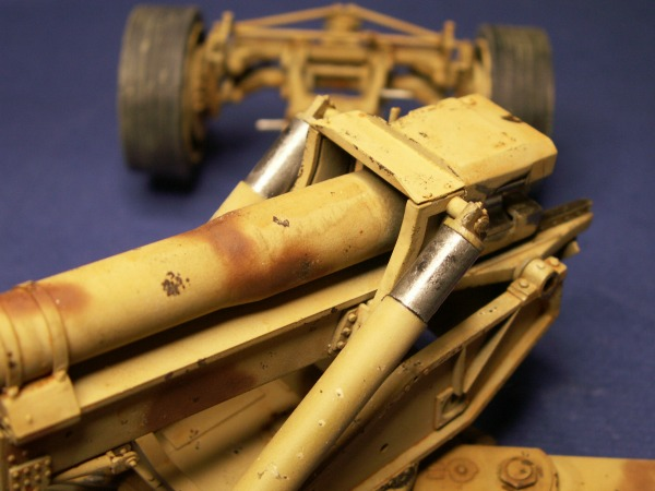 12,8 kanone de trumpeter 1:35  Pict0217
