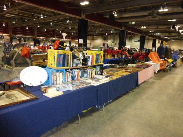 Calgary Easter Gun and Militaria Show / Sale Easter10