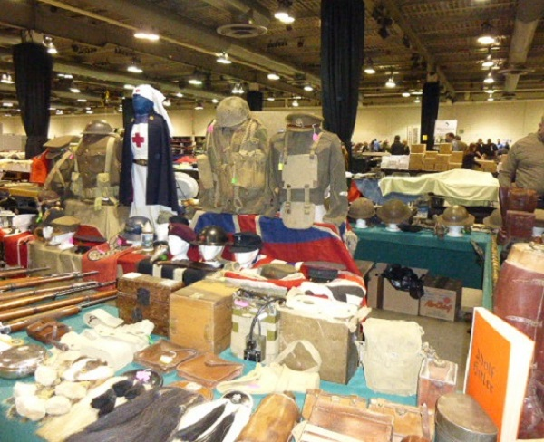 Calgary Easter Gun and Militaria Show / Sale Easter11