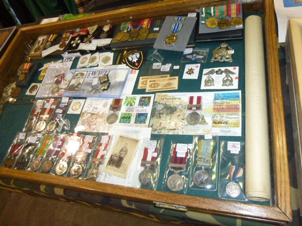 Calgary Easter Gun and Militaria Show / Sale Easter13
