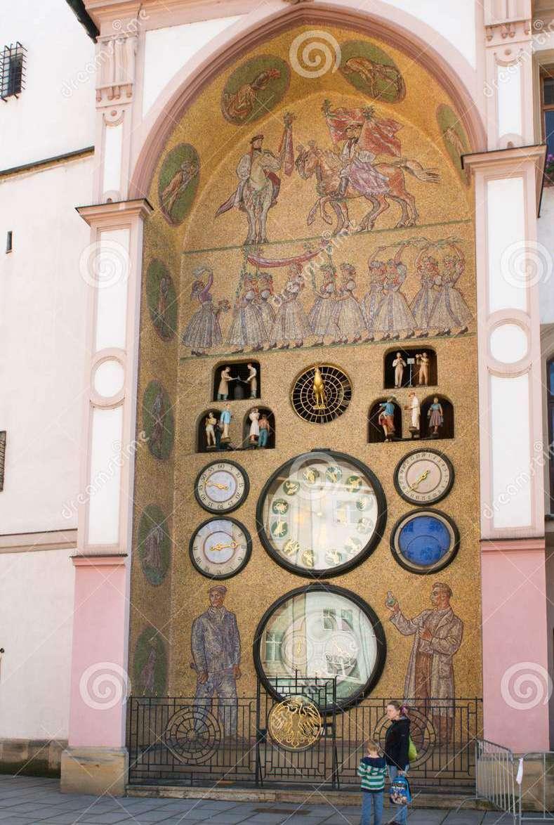 L'horloge astronomique d'Olomouc - République Tchèque. Horlog10