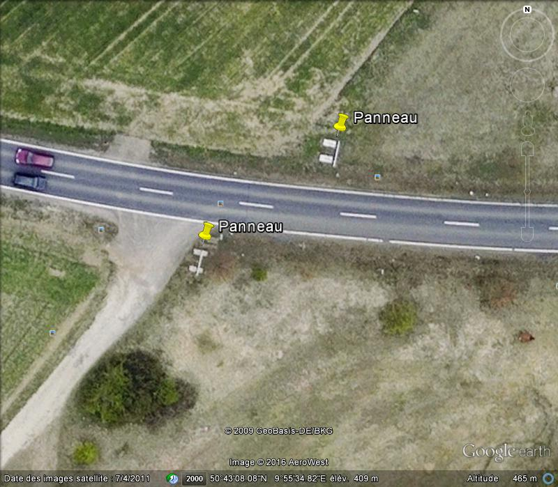 """Panneaux """"mémorial de la chute du rideau de fer entre les deux Allemagne (1393 km) """" P11"""