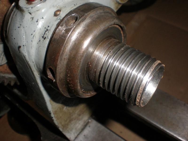 Marque tour à métaux Tour_012