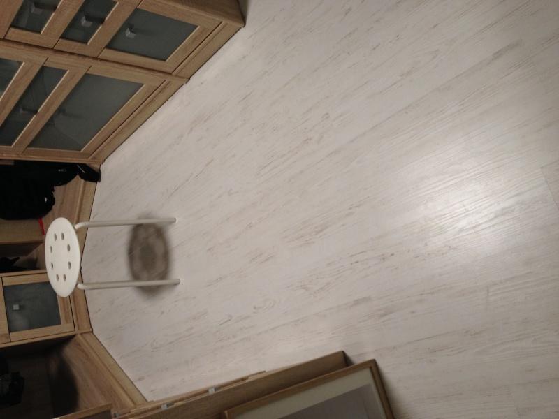 Quel style de mobilier avec un parquet blanc Parque10