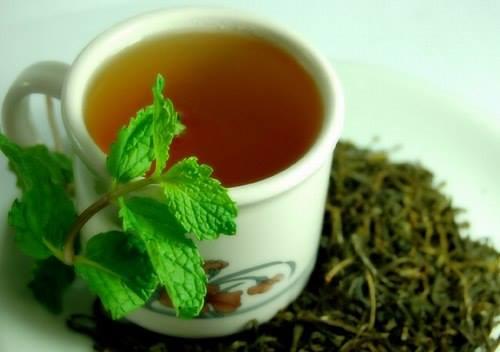 عالج نفسك بالشاي الأخضر!! 11059710